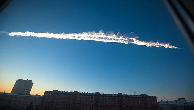 20130215133546-cae-meteorito-urales-foto-youtube.jpg